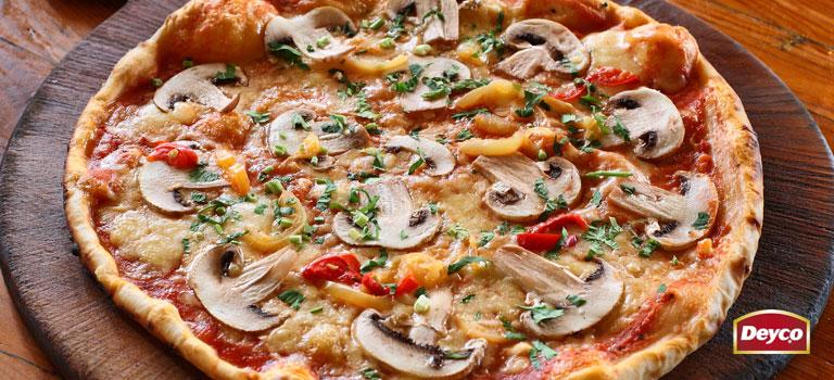 Pizza de Champiñones con Morrón y especias